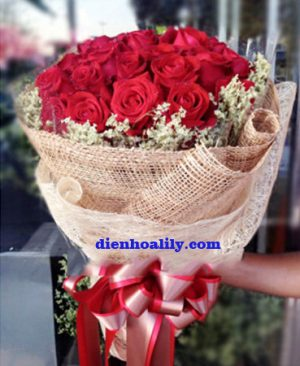 Hoa tình yêu - tặng người tình của anh chính là tên của bó hoa rực rỡ này.
