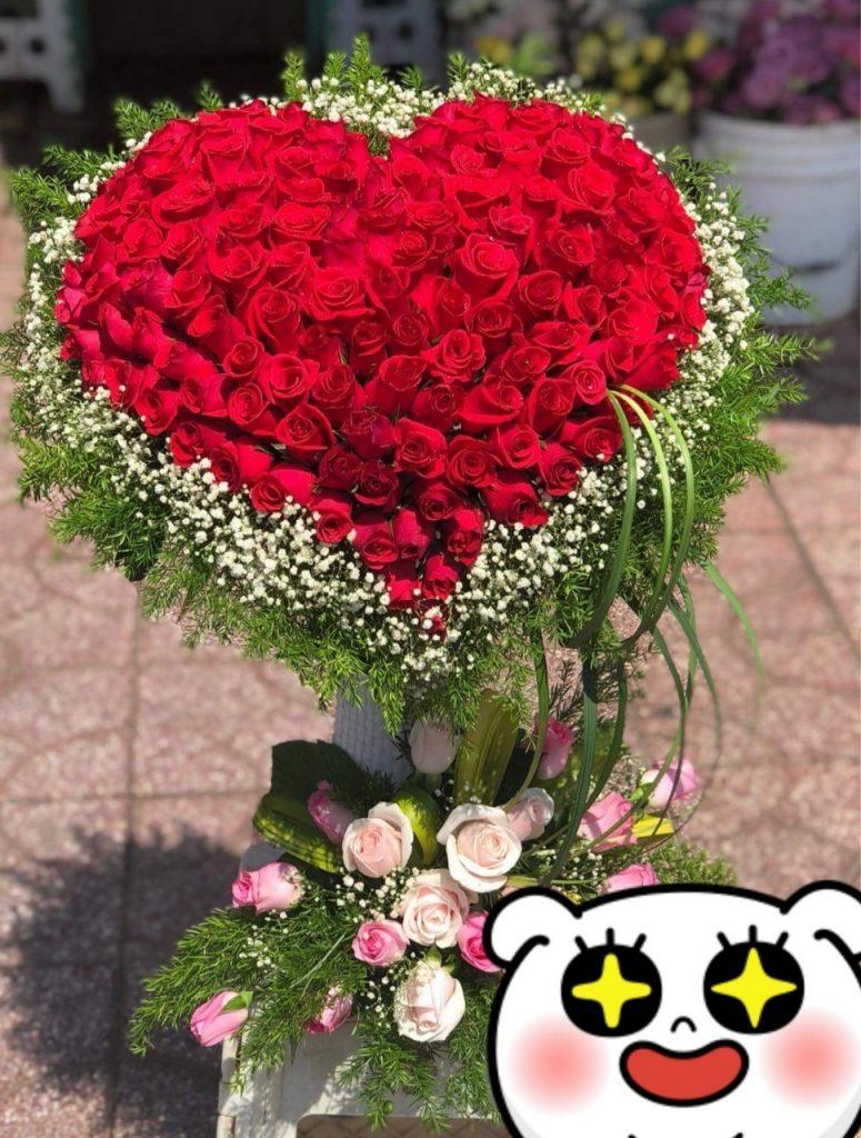 Hoa tình yêu hình trái tim tại điện hoa Lily